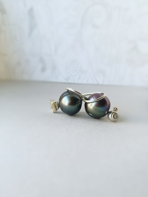 perlų pilkos uogos